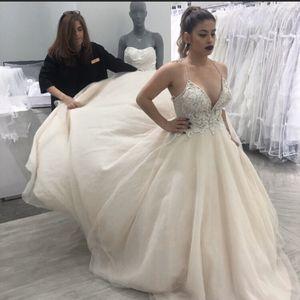 Galina Signature wedding gown for Sale in Villa Park, IL