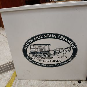 South Mountain Creamery Cooler for Sale in Lorton, VA