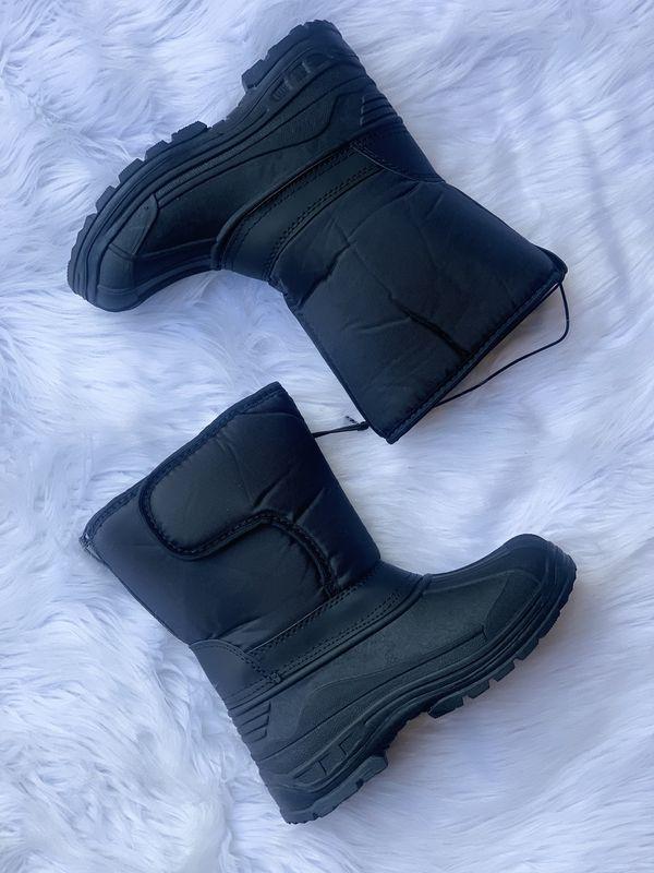 Snow boots for kids / kids snow boots / bota para la nieve niños / sizes 9,10,11,12,13,1,2,3 4 $25 each pair