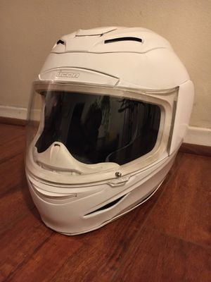 Icon Airmada White Motorcycle Helmet XS for Sale in Los Angeles, CA