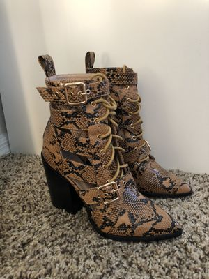 Brand new never been worn size 6 snake skin boots for Sale in Scottsdale, AZ
