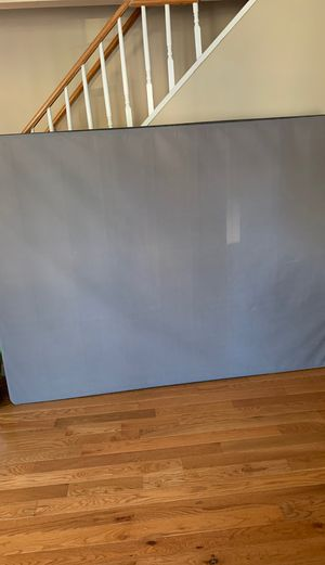 Queen size box spring for Sale in Clifton, NJ