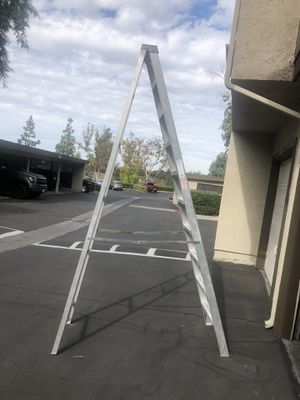 Ladder 10 foot in excellent condition made USA for Sale in Lake Forest, CA