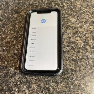 iPhone XR 128g for Sale in Tacoma, WA