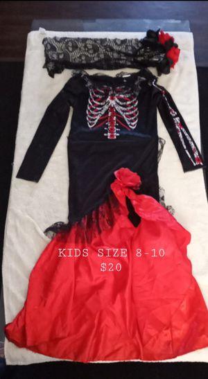 HALLOWEEN COSTUME KIDS SIZE 8-10 for Sale in Phoenix, AZ