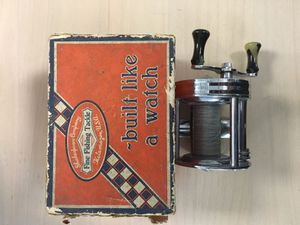 Antique fishing reel for Sale in Queens, NY