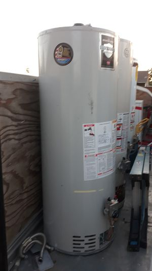 Water heater bradford 50 golones gas for Sale in Bloomington, CA