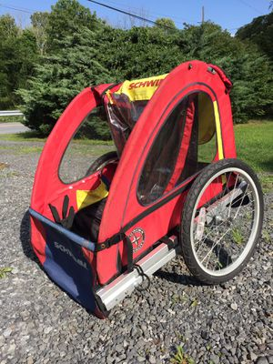 Schwinn biking cart for Sale in Hamburg, PA