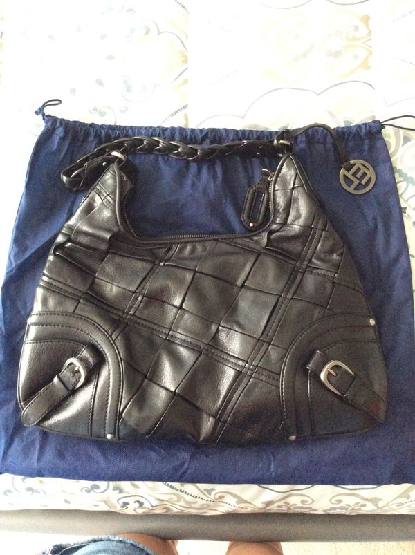 Black Leather Elliot Luca Purse