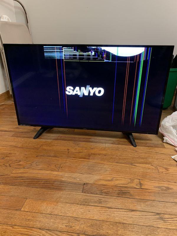 40 inch Sanyo tv