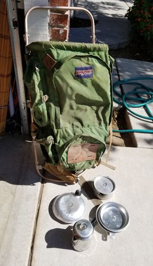 Vintage Jansport Hiking Backpack With Dish and Coffee Set Metal Frame for Sale in Fresno, CA