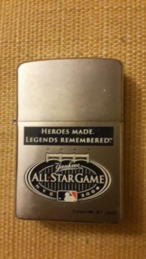 Like new Yankees zippo lighter works like new asking 10$ they are 40 in stores for Sale in Philadelphia, PA