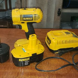Dewalt Cordless Drill With Batteries And Charger for Sale in Bellingham, WA