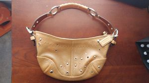 AUTH COACH SOHO STUDDED HOBO CAMEL F10931 HANDBAG PURSE for Sale in Odenton, MD