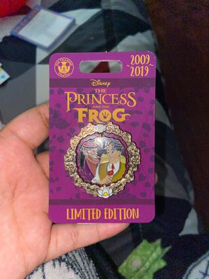 Disney princess in the frog limited edition 2009/2019 pin for Sale in Diamond Bar, CA