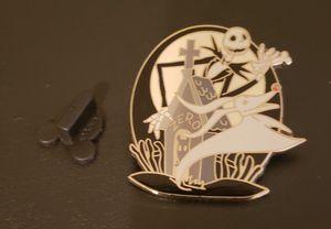 Nightmare Before Christmas Jack Skellington and Zero Grave Disney Pin for Sale in Altamonte Springs, FL