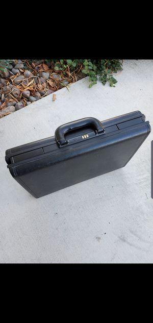 Classic Samsonite briefcase for Sale in San Diego, CA