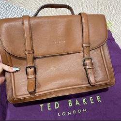 Ted Baker Real Leather Messenger Bag for Sale in Sterling,  VA
