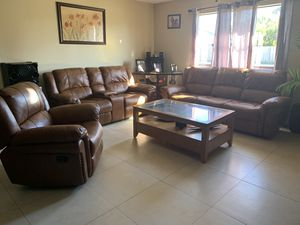 3 recliner & middle table for Sale in West Palm Beach, FL