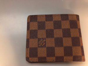 Louis Vuitton wallet u can pick your own price but also not to low for Sale in Henderson, NV