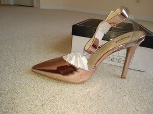 8.5 Rosa Pink Pointed Toe Lucite Cross Strap Ankle Band Heel - 8.5 Pink for Sale in Riverview, FL