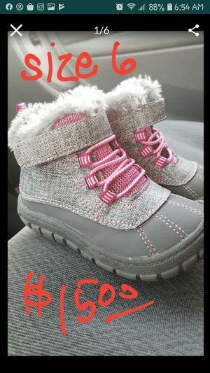 Toddler Girl snow boots for Sale in Phoenix, AZ