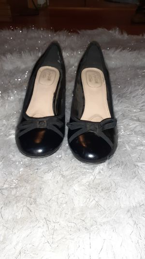 9 1\2 black heels with bow for Sale in Riverside, CA