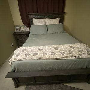 King Size Comforter Set for Sale in South El Monte, CA