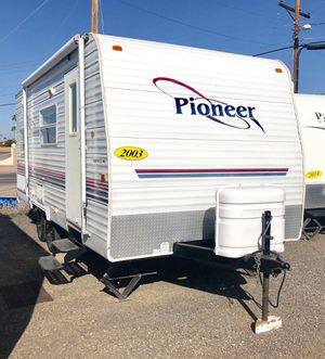 2003 Pioneer 18ft Bunk House Travel Trailer Camper for Sale in Mesa, AZ