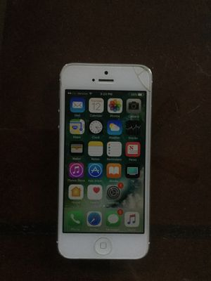 iPhone 5 for Sale in Centreville, VA