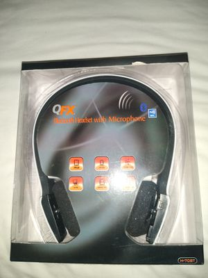 New QFX bluetooth headphones with mic for gaming for Sale in North Chesterfield, VA