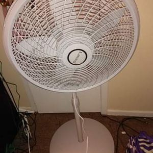 Lasko Pedstal Fan for Sale in West Columbia, SC