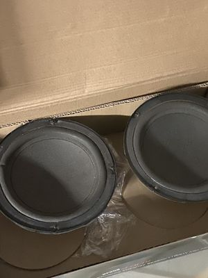 2 speakers 4ohm for Sale in West Palm Beach, FL