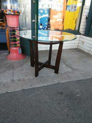 """42"""" Diameter Glass Top Dining Table for Sale in Escondido, CA"""