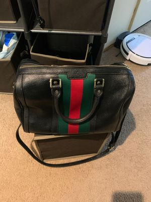 Gucci bag it's the real deal need money for a new car so making a great offer please don't try to under cut the price for Sale in Portland, OR