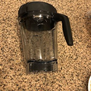 Vitamix 64 Oz Container for Sale in Troutdale, OR