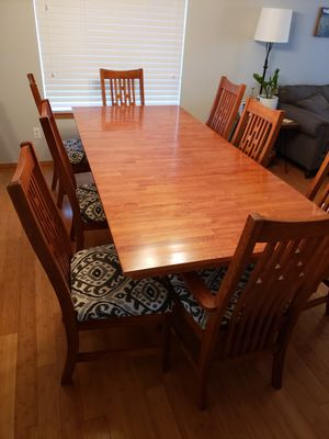 Solid Oak Mission Style Dining Table + Chairs for Sale in Tacoma, WA