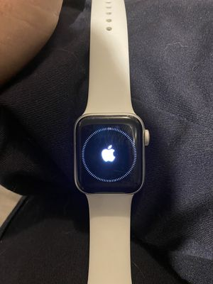 Apple Watch 5 for Sale in Roy, WA