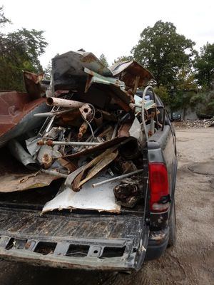 I pick up old appliances and old cars for Sale in Knoxville, TN