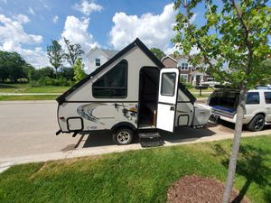 Couchmen clipper tent camper/ RV, camper, travel trailer for Sale in Bartlett, IL