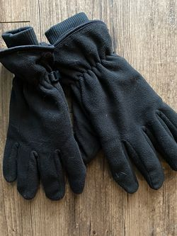 Snow Fleece Gloves for Sale in Fort Worth,  TX