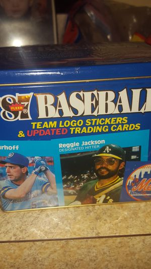 1987 Fleer Baseball Team Logo Stickers & Updated Trading Cards - Factory dealer m sealed for Sale in Watertown, CT