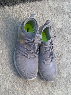 Women's size 7 Nike sneakers for Sale in Chula Vista, CA
