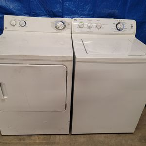 GE Washer And Electric Dryer Set Good Working Condition Set For $199 for Sale in Wheat Ridge, CO