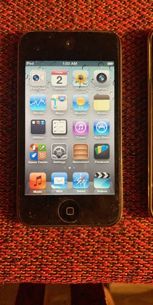 2 Apple IPod touch for Sale in Irving, TX