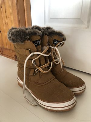 Women's Snow Boots for Sale in Buckley, WA