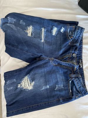 Jeans/pants for Sale in Bakersfield, CA
