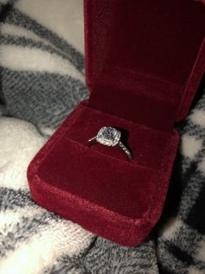 Beautiful Simulated Diamond Engagement Ring 💍 for Sale in Davenport, FL