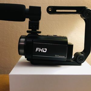 HAOHUNT Camcorder Video Vlogging HD Camera 36MP 1080P Digital Recorder, 3 Inch Touch Screen Camcorder with Rechargeable External Microphone, Stabilize for Sale in Fresno, CA