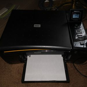 Kodak Esp 5210 All In One Ink jet Printer for Sale in Levittown, NY